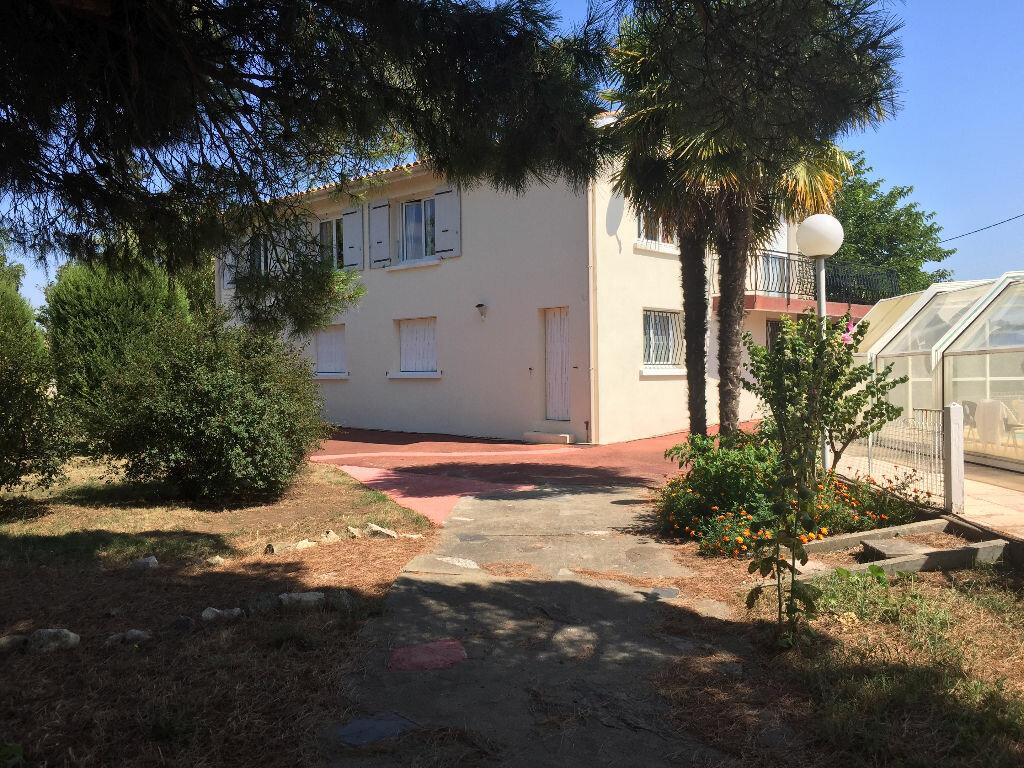 Maison à vendre 5 192m2 à Bourcefranc-le-Chapus vignette-7
