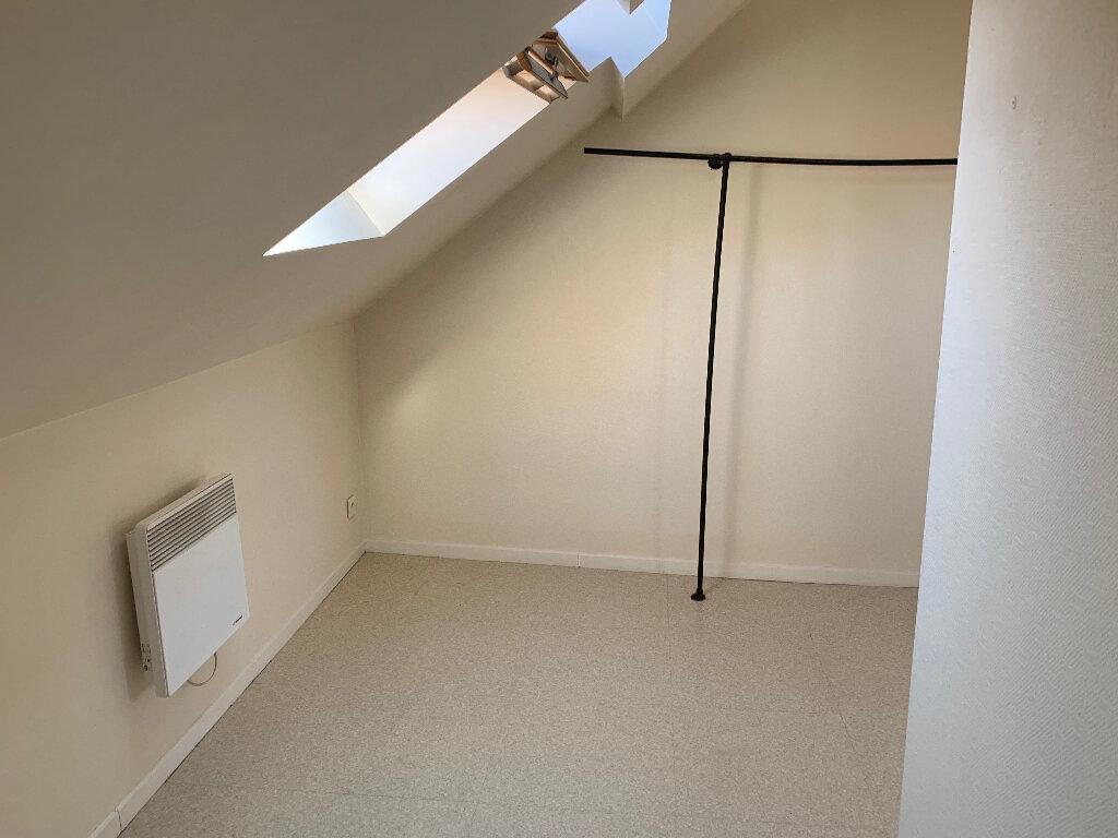 Appartement à louer 2 23.28m2 à Lille vignette-4