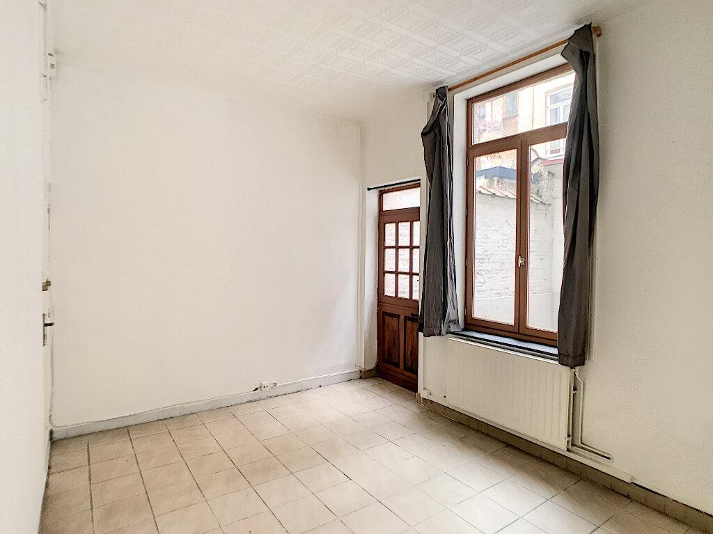Appartement à louer 2 50.87m2 à Lille vignette-1