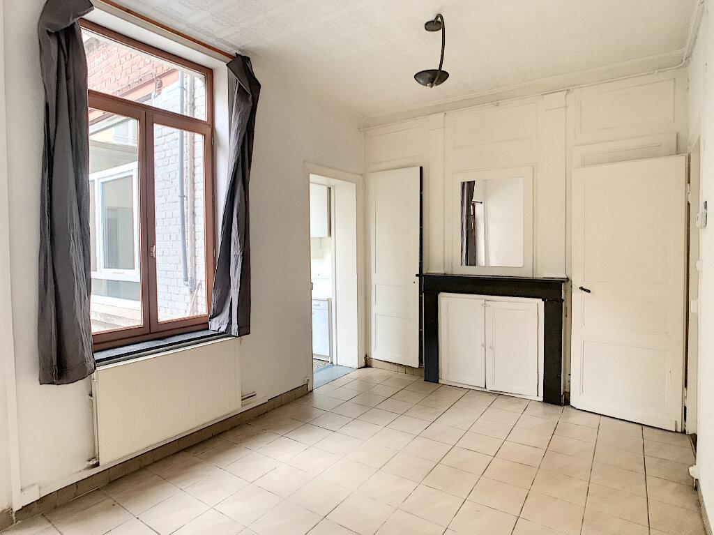 Appartement à louer 2 50.87m2 à Lille vignette-2