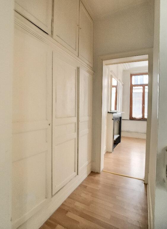 Appartement à louer 2 50.87m2 à Lille vignette-4