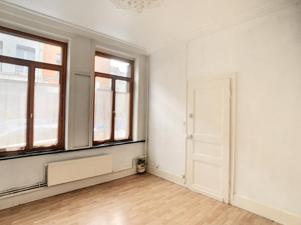 Appartement à louer 2 50.87m2 à Lille vignette-6