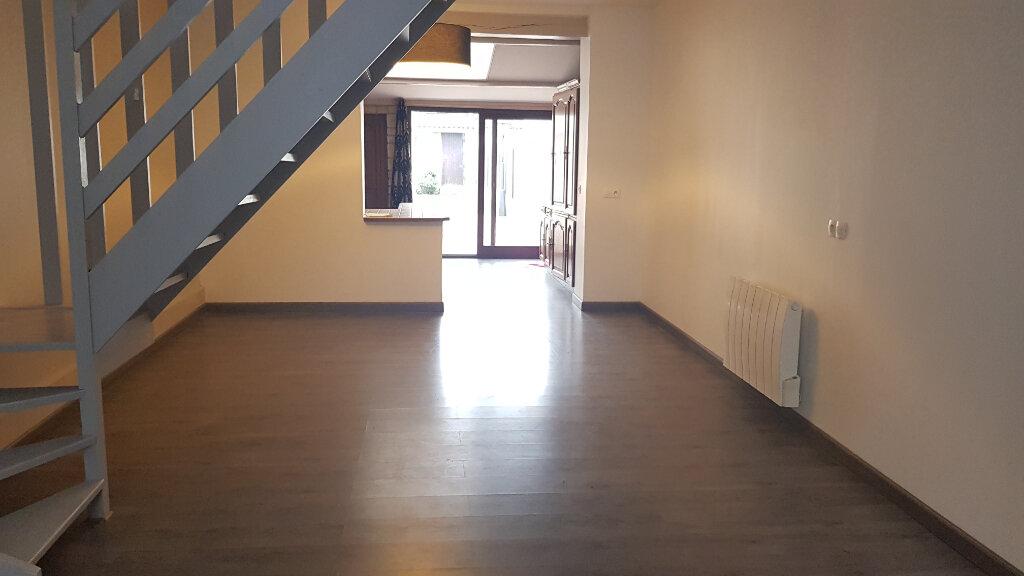 Maison à louer 4 76m2 à Wasquehal vignette-2