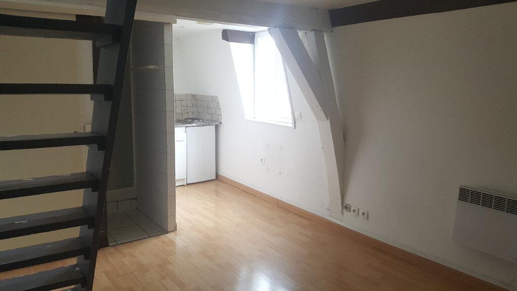 Appartement à louer 1 15.46m2 à Lille vignette-2