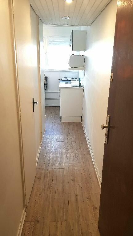Appartement à louer 1 14m2 à Lille vignette-5