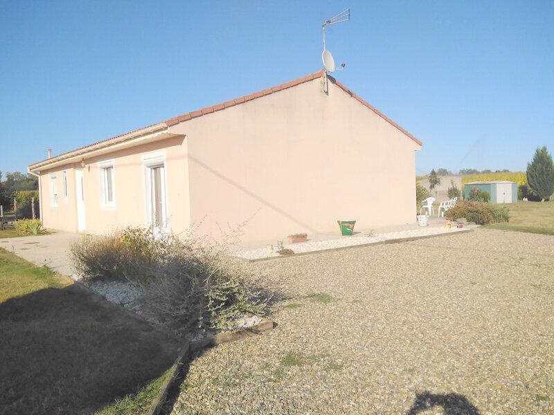 Maison à vendre 4 105m2 à Castelsarrasin vignette-3