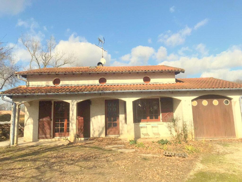 Maison à vendre 4 136m2 à Castelsarrasin vignette-3