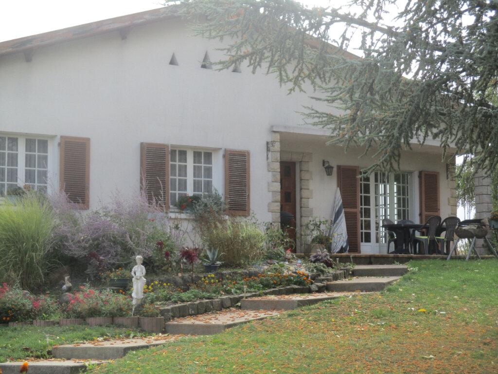 Maison à vendre 7 110m2 à Montfaucon-d'Argonne vignette-2