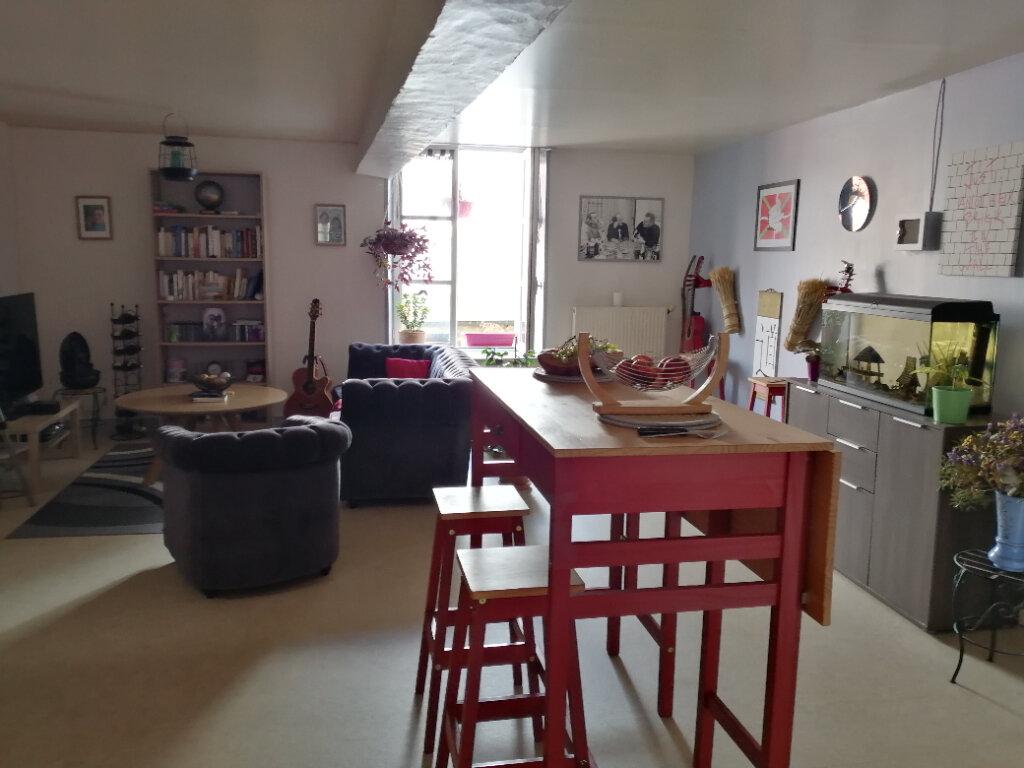 Appartement à louer 3 51m2 à Mortagne-au-Perche vignette-1