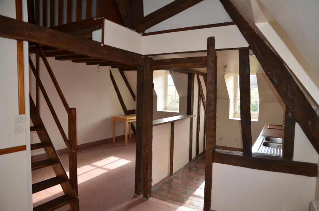 Appartement à louer 2 33m2 à Mortagne-au-Perche vignette-1