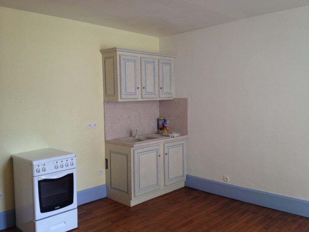 Appartement à louer 1 26m2 à Mortagne-au-Perche vignette-2