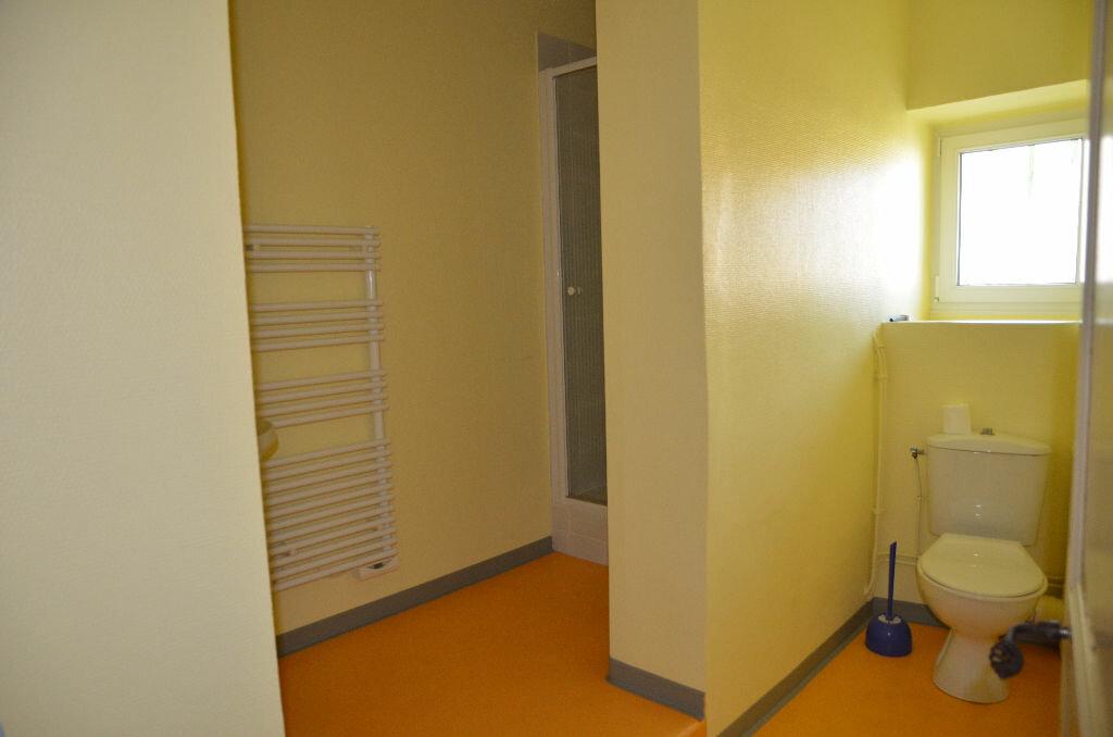 Appartement à louer 1 26m2 à Mortagne-au-Perche vignette-3