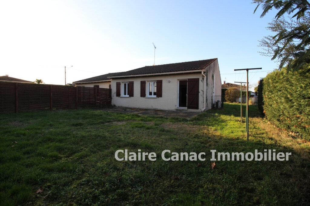 Maison à louer 4 77m2 à Lavaur vignette-2