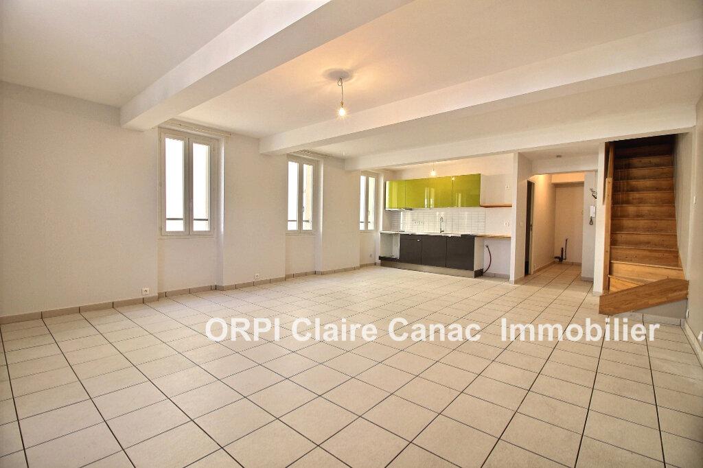Appartement à louer 5 106m2 à Lavaur vignette-1