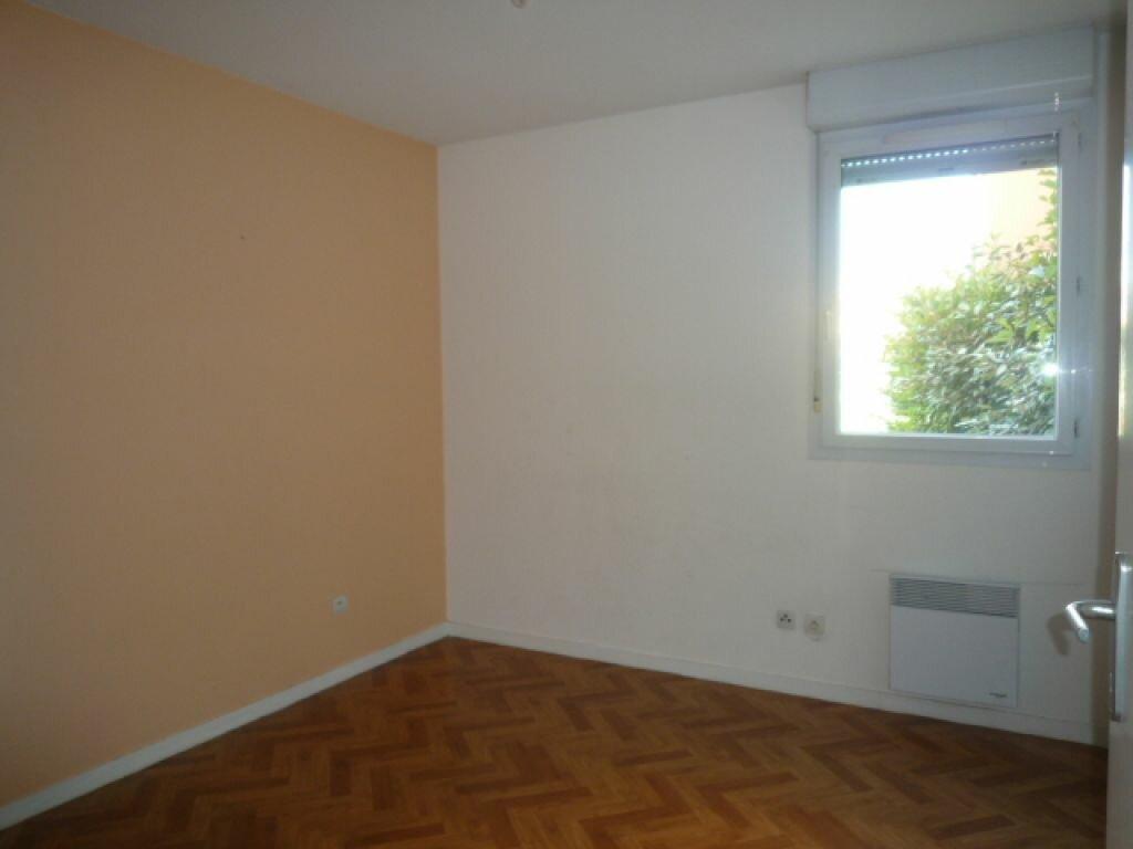 Appartement à louer 2 45m2 à Lavaur vignette-4