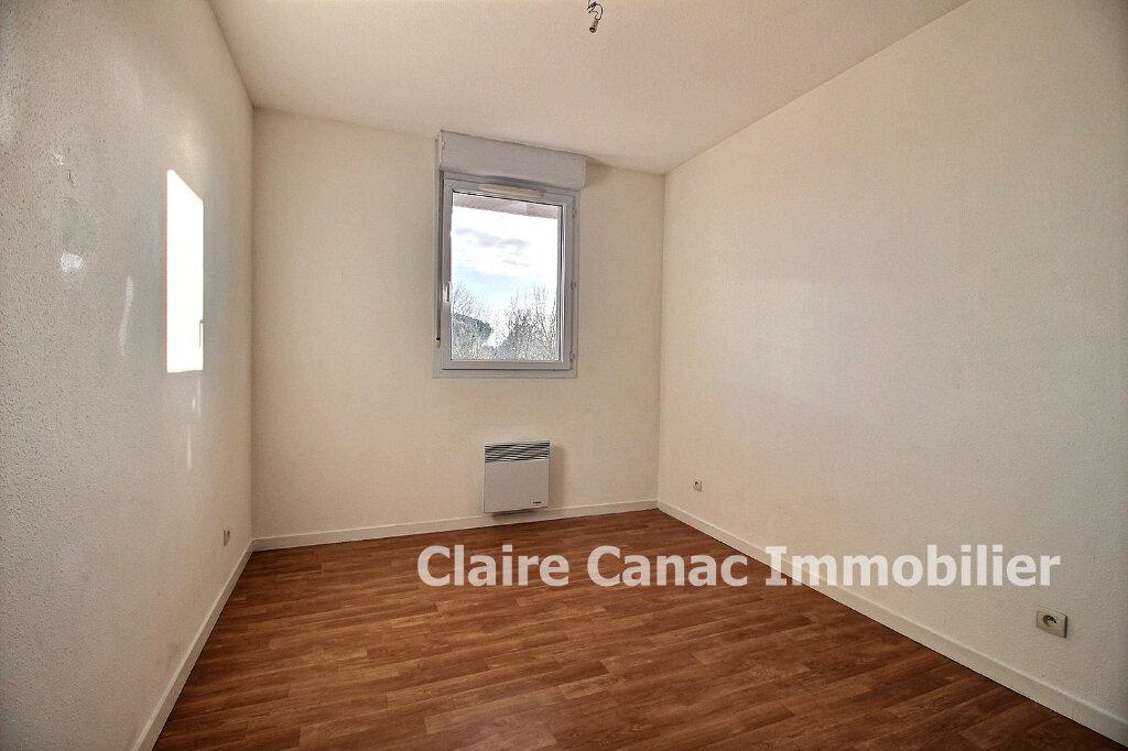 Appartement à louer 3 65m2 à Lavaur vignette-5