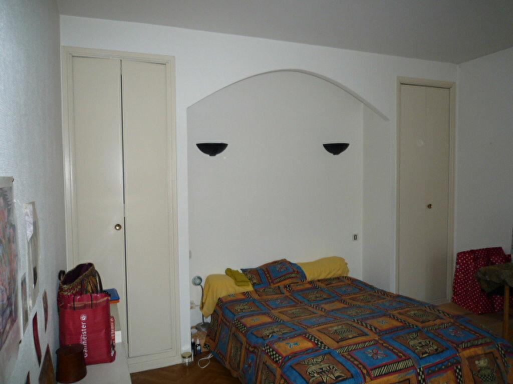 Appartement à louer 2 51m2 à Lavaur vignette-3