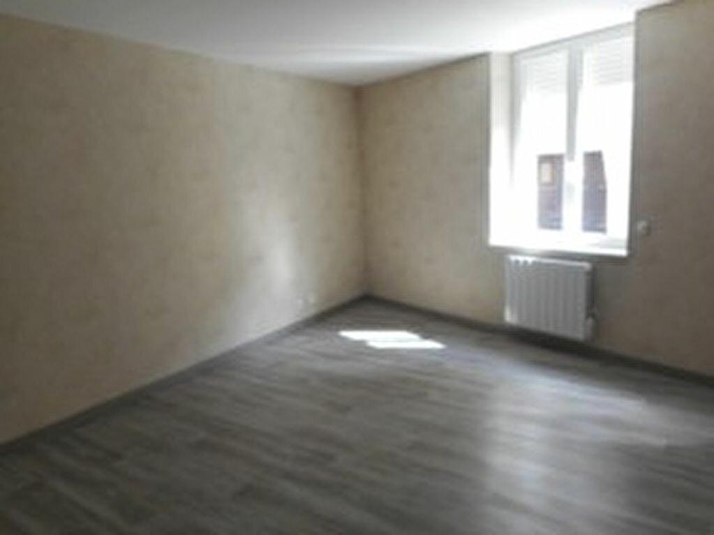 Appartement à louer 2 40m2 à Mazamet vignette-1