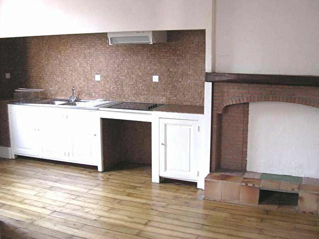 Appartement à louer 2 39m2 à Mazamet vignette-3