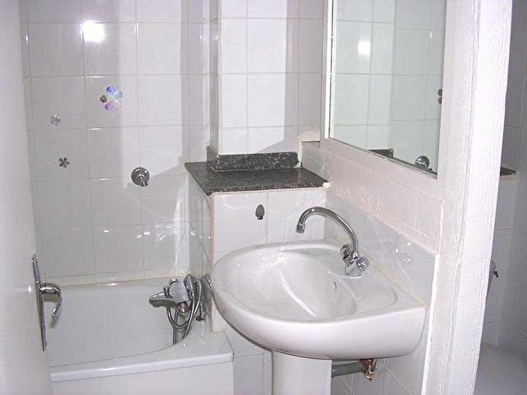Appartement à louer 2 39m2 à Mazamet vignette-4