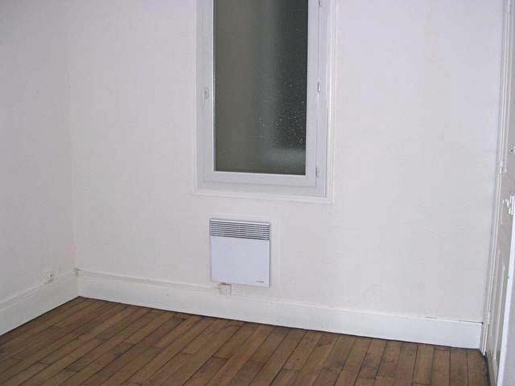 Appartement à louer 2 39m2 à Mazamet vignette-5