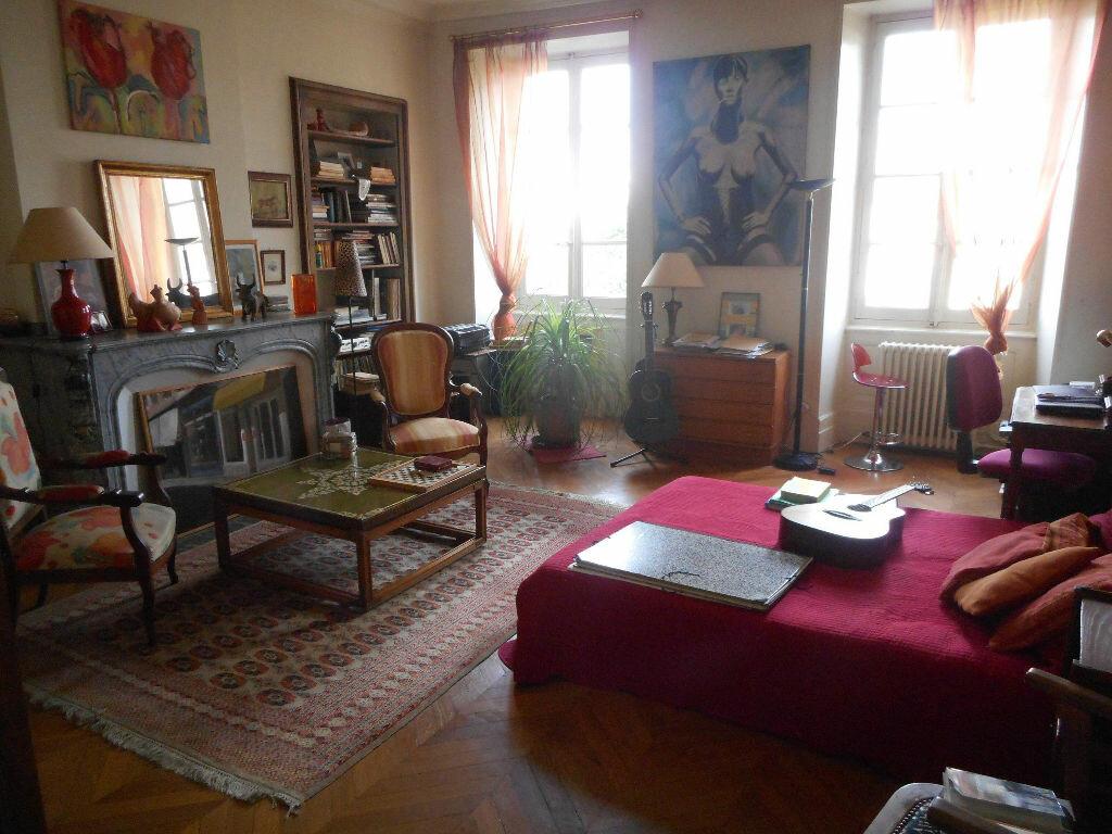 Appartement à vendre 4 160m2 à Mazamet vignette-3