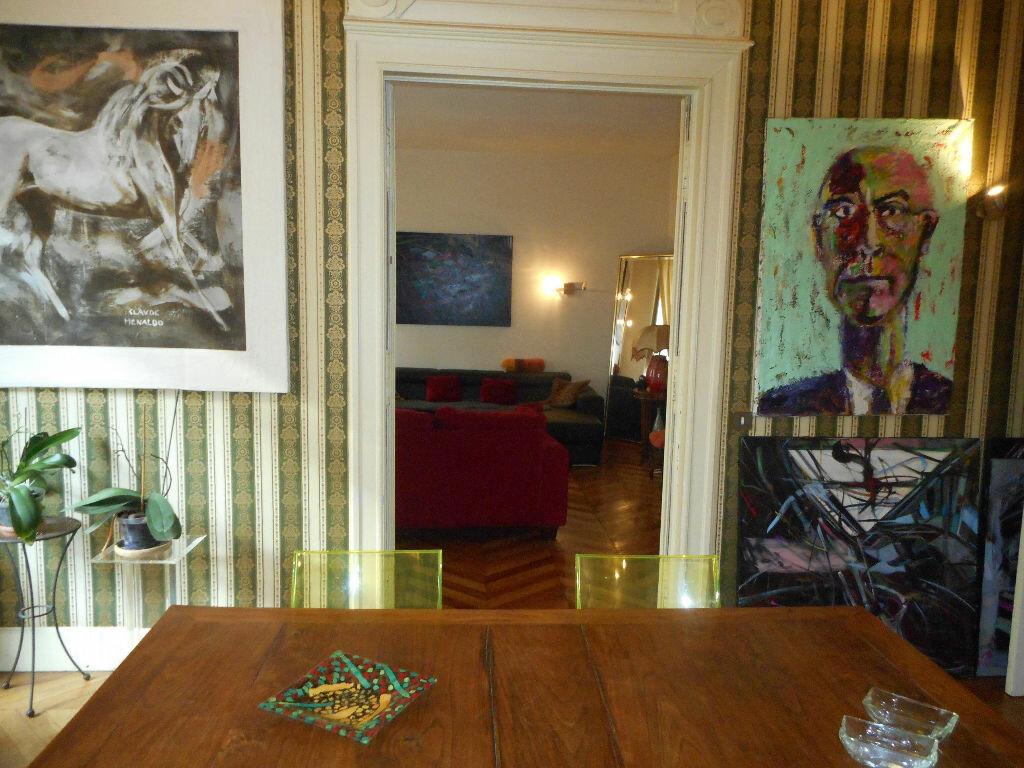 Appartement à vendre 4 160m2 à Mazamet vignette-4
