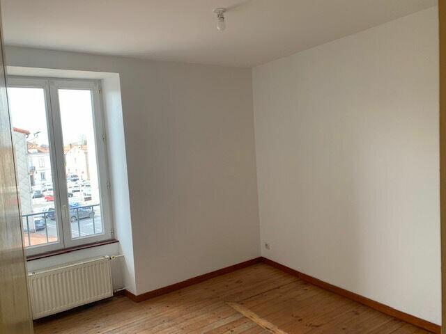 Appartement à louer 4 65m2 à Mazamet vignette-3