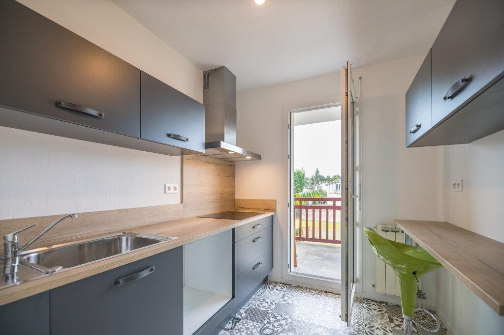 Appartement à louer 2 47.15m2 à Anglet vignette-5