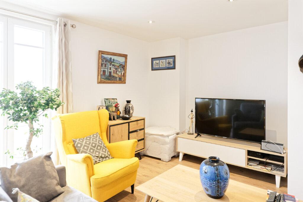 Appartement à louer 2 54.52m2 à Bayonne vignette-1
