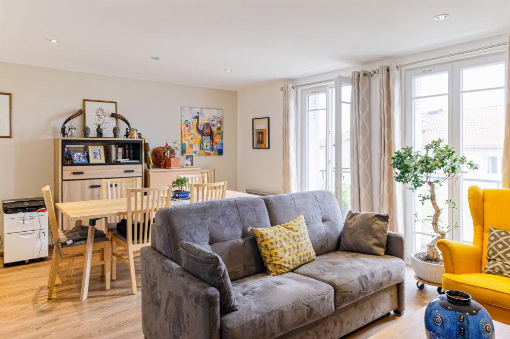 Appartement à louer 2 54.52m2 à Bayonne vignette-5