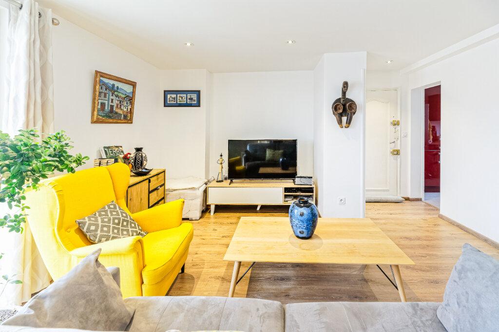 Appartement à louer 2 54.52m2 à Bayonne vignette-10