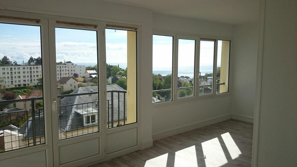 Appartement à louer 4 66m2 à Le Havre vignette-2