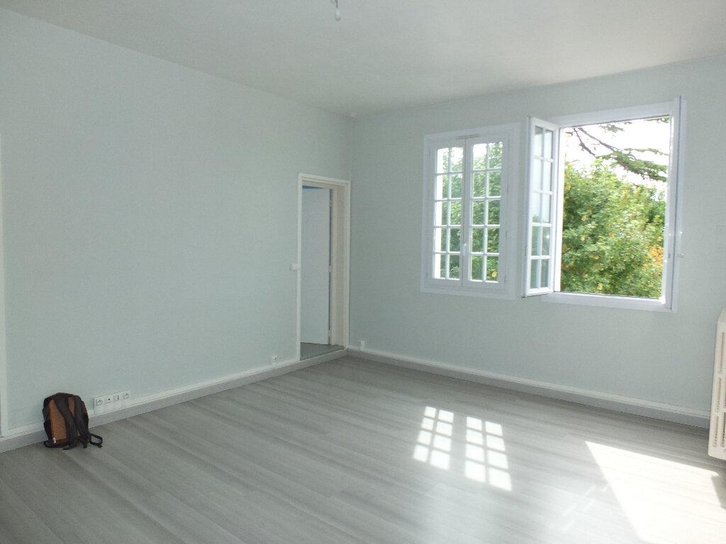 Appartement à louer 2 55m2 à Harfleur vignette-2