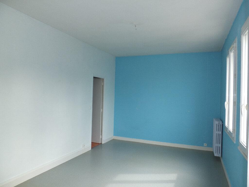 Appartement à louer 2 55m2 à Harfleur vignette-3