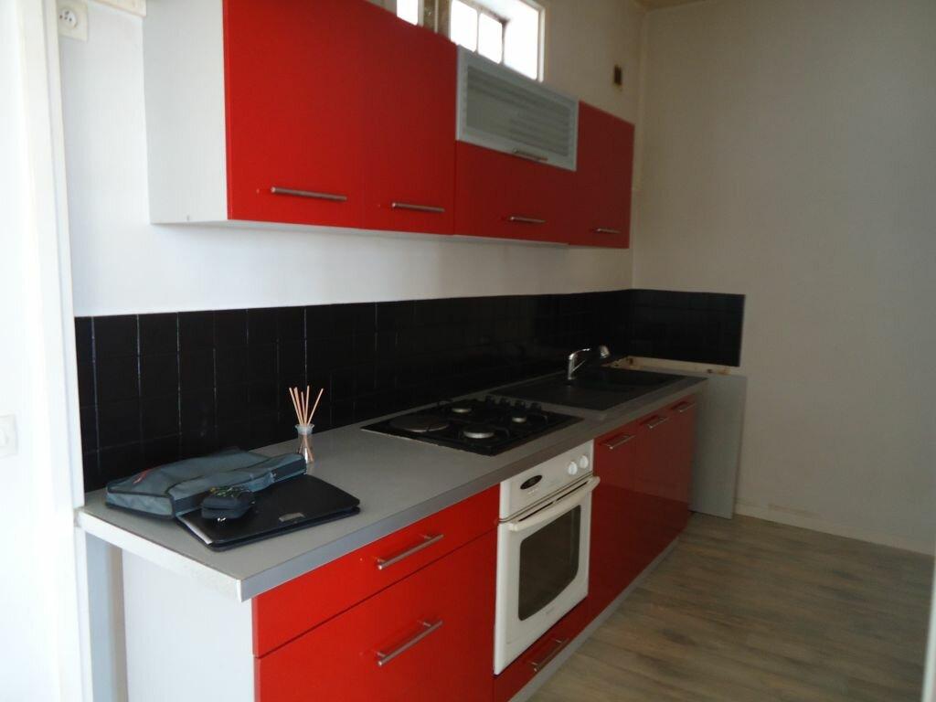 Appartement à louer 2 55m2 à Harfleur vignette-4