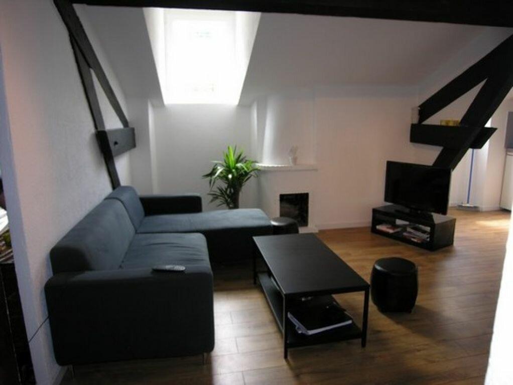 Appartement à louer 2 35m2 à Cannes vignette-2