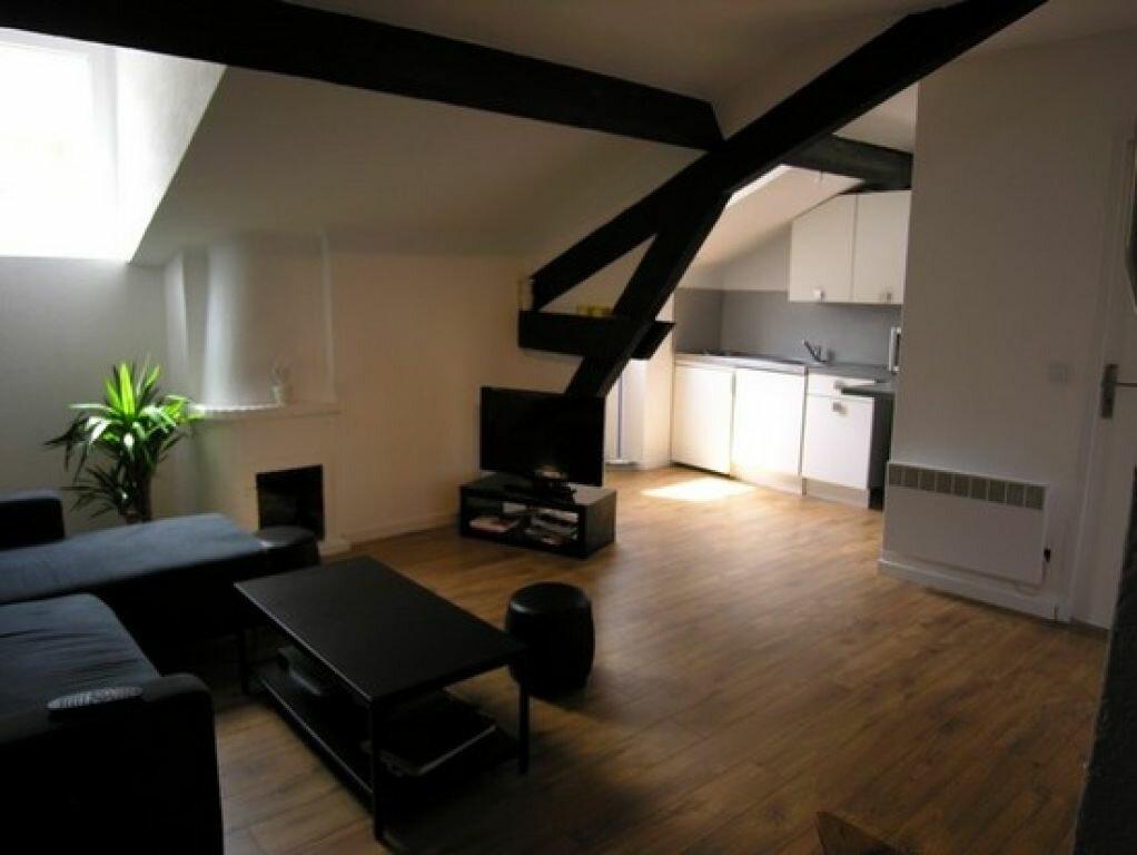 Appartement à louer 2 35m2 à Cannes vignette-3