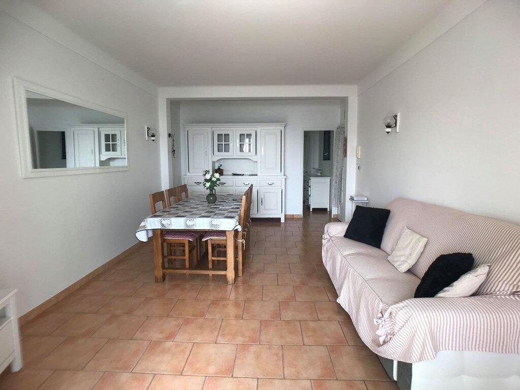 Appartement à vendre 3 65m2 à Villefranche-sur-Mer vignette-5