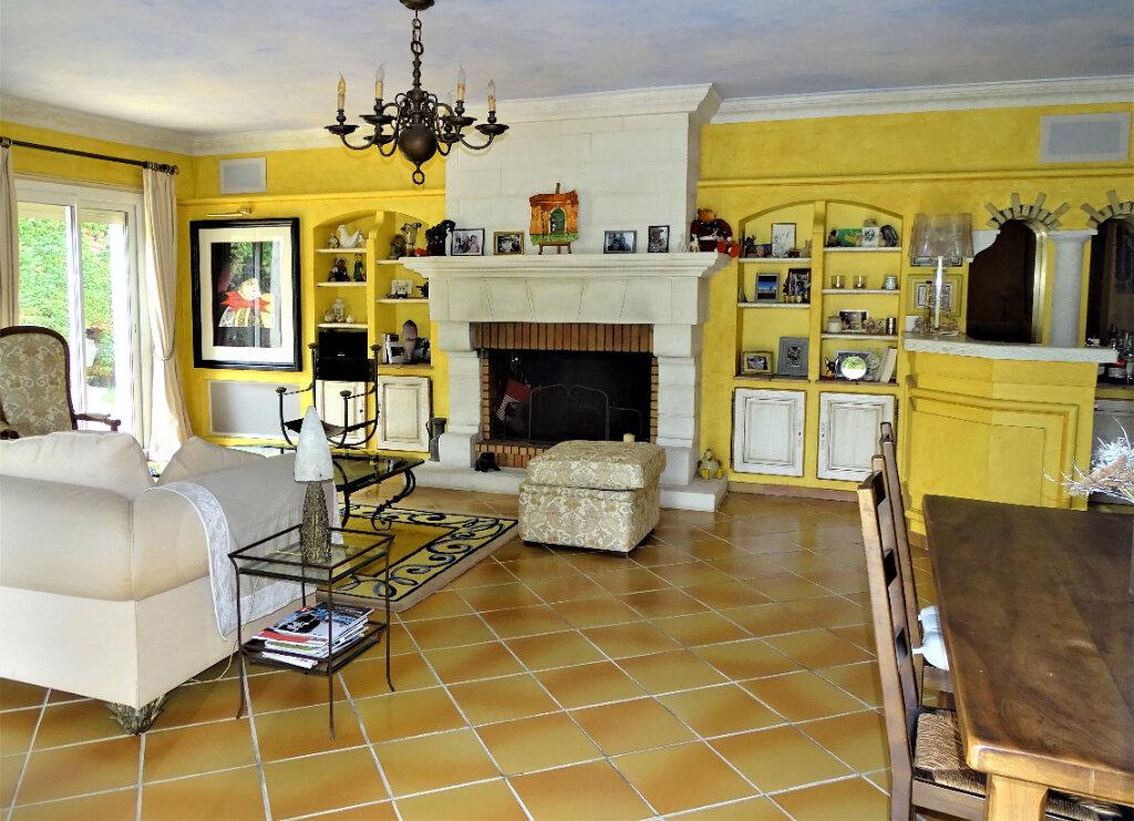 Maison à vendre 6 125m2 à Saint-Paul-de-Vence vignette-6