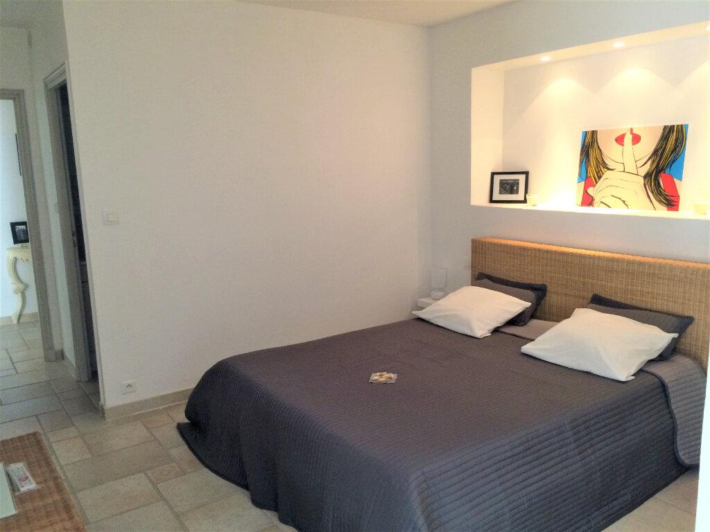 Maison à vendre 6 125m2 à Saint-Paul-de-Vence vignette-15