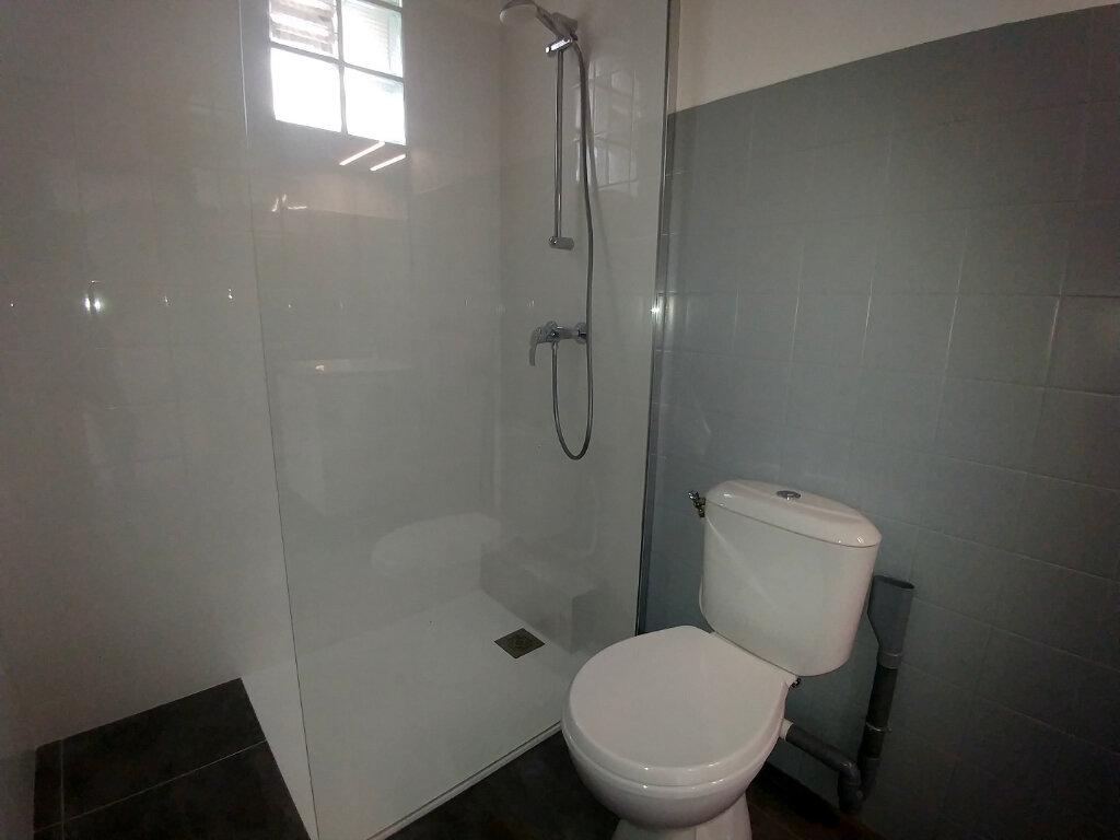 Appartement à louer 2 45.82m2 à La Colle-sur-Loup vignette-3