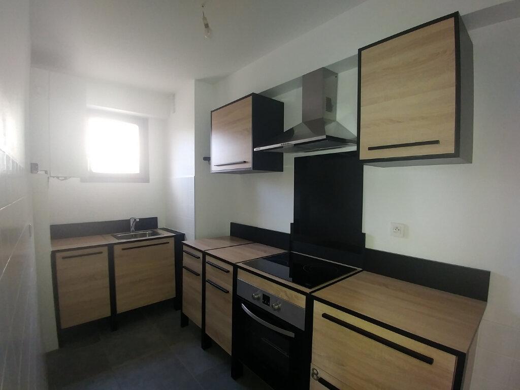 Appartement à louer 2 45.82m2 à La Colle-sur-Loup vignette-5