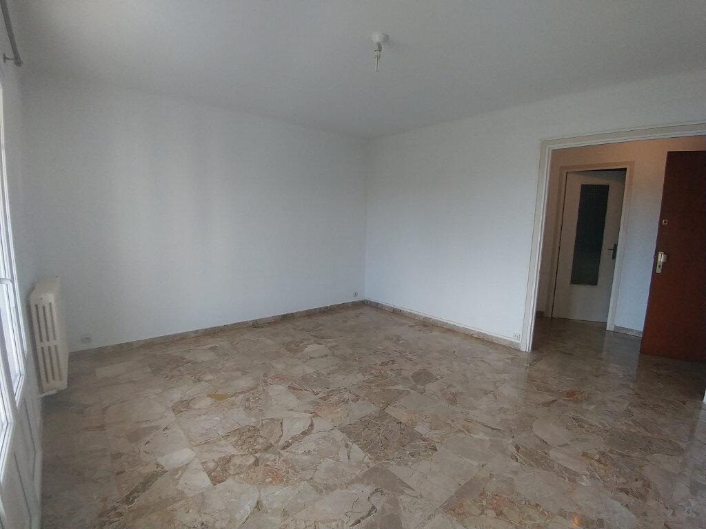 Appartement à louer 3 61.97m2 à La Colle-sur-Loup vignette-2