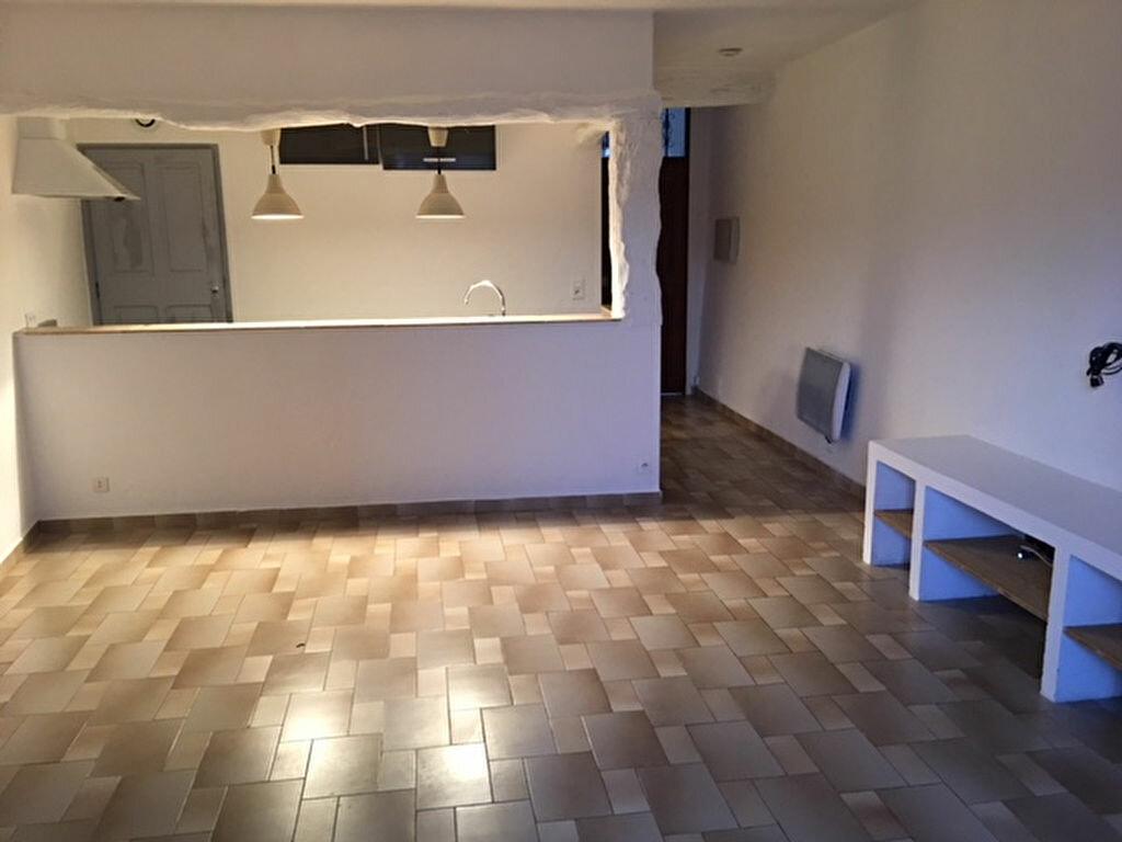 Appartement à louer 1 34.33m2 à Saint-Paul-de-Vence vignette-1