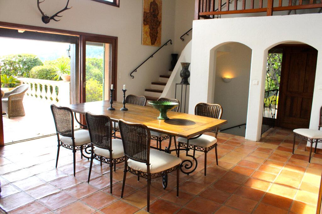 Maison à vendre 6 213m2 à Tourrettes-sur-Loup vignette-6