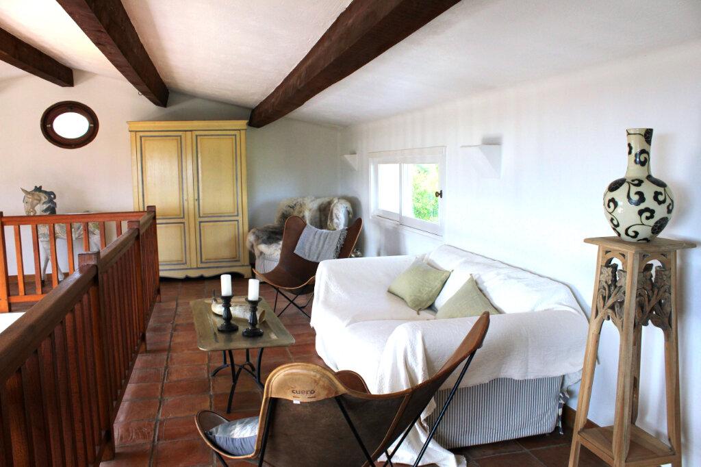 Maison à vendre 6 213m2 à Tourrettes-sur-Loup vignette-12