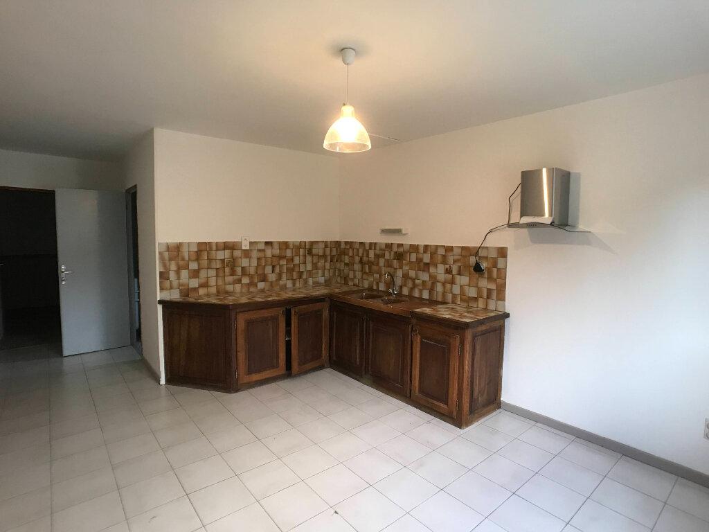 Appartement à louer 2 40m2 à Mende vignette-2