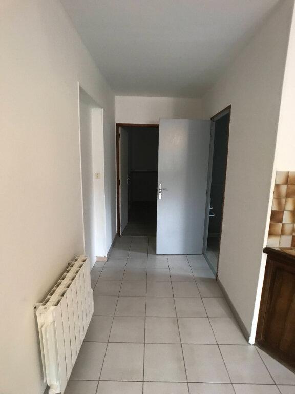 Appartement à louer 2 40m2 à Mende vignette-3