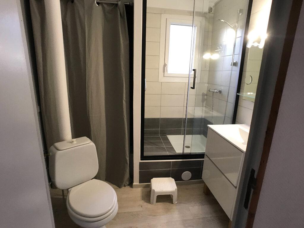 Appartement à louer 2 40m2 à Mende vignette-4